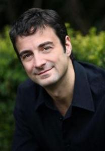 Daniel Kalla in LitChat www.litchat.net